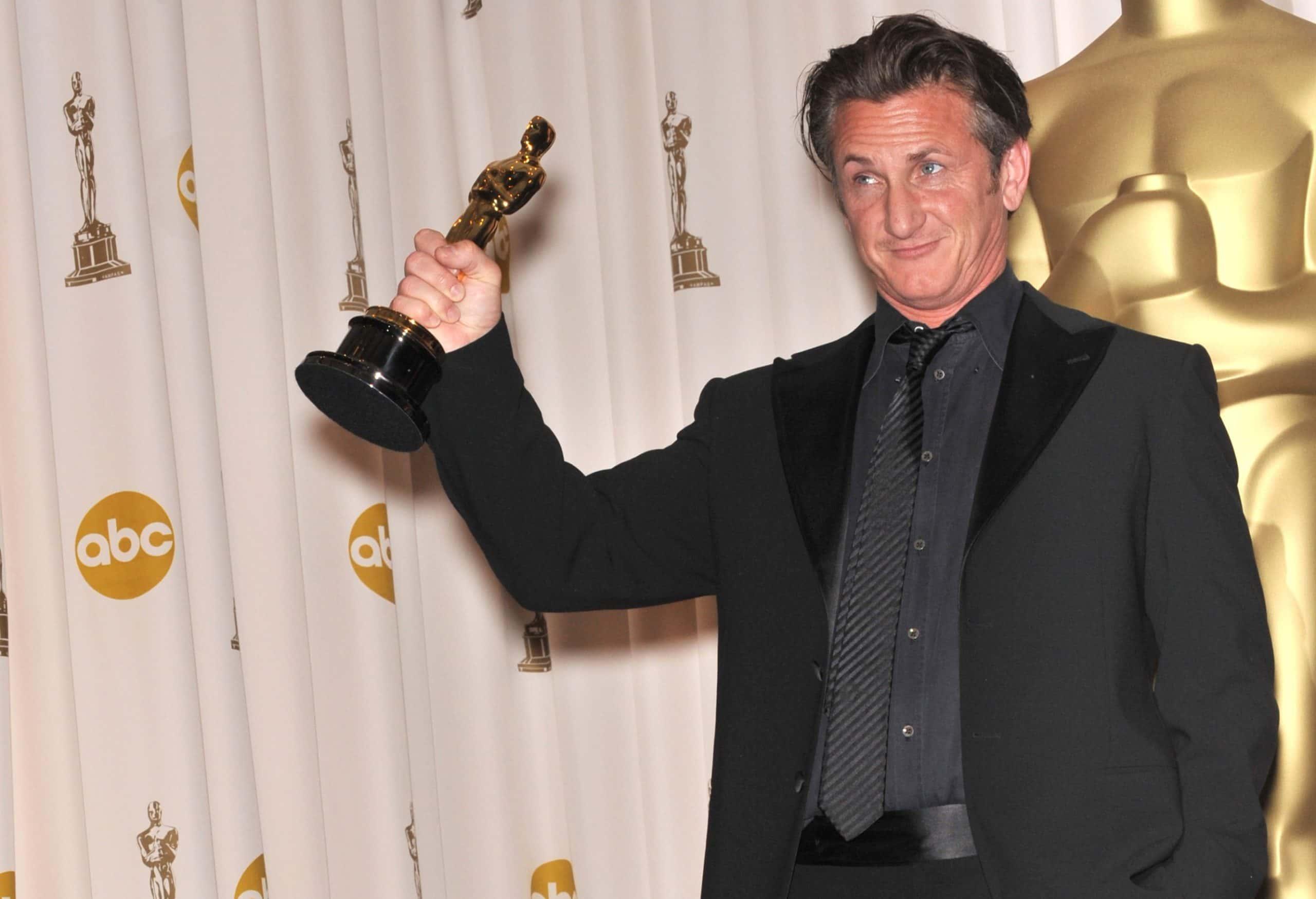 Sean Penn Facts