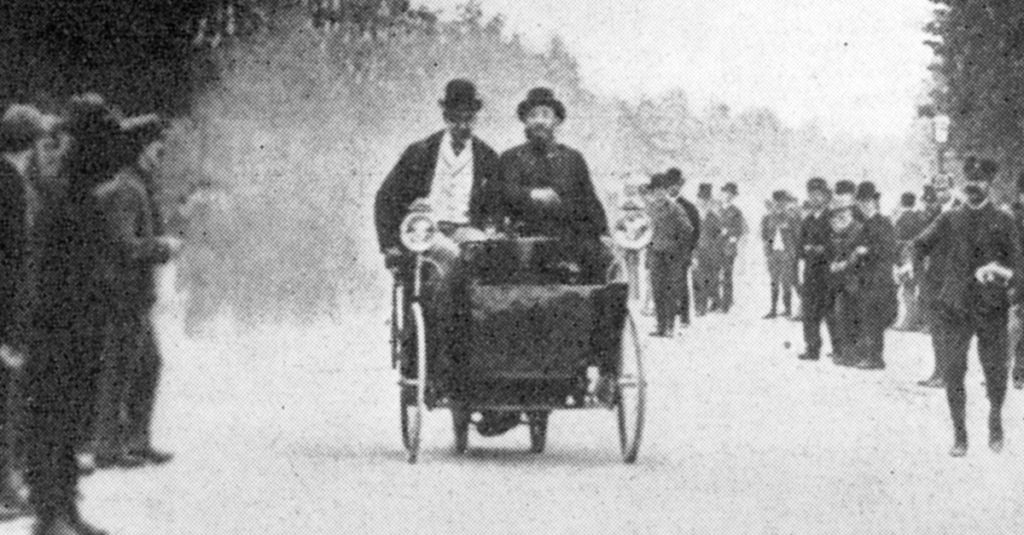 Before Formula 1 And NASCAR, Auto Racing Was Weird