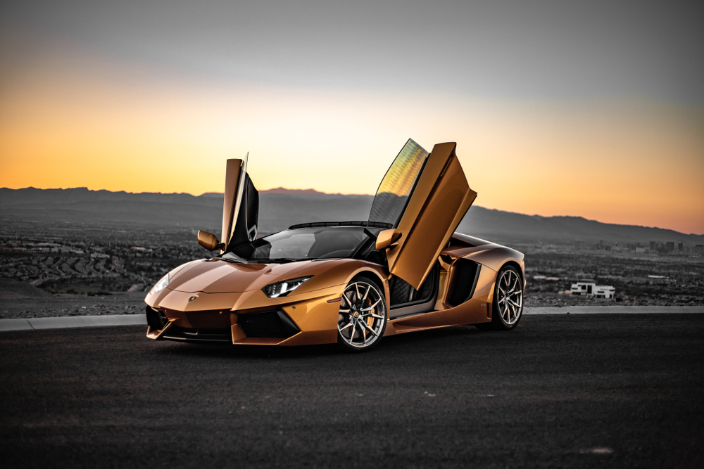 Car of the Day: Lamborghini Aventador